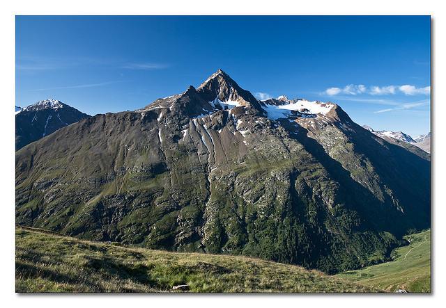 Hochoetz a horské chaty, 1. část